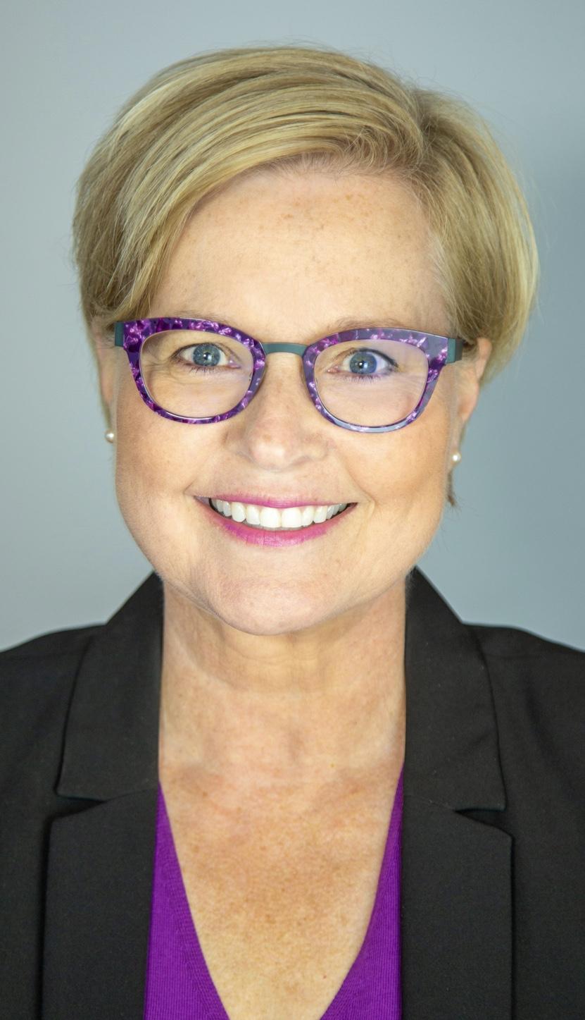 Mme Michelle Douglas